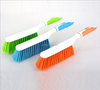 plastic bed dust brush with handle for bed cleaning