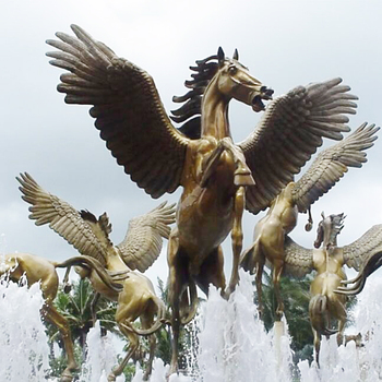 Outdoor Plaza Square Decoration Golden LIfe Size Flying Horse with Wings Sculpture Fountain