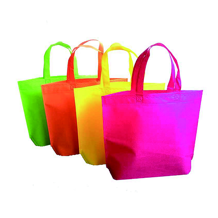 China manufacturer fashion tote pp nonwoven tote bag Logo printed shopping laminated non woven bag Grocery Bag