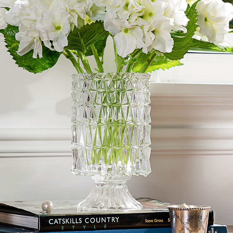 [Brand Group] modern minimalist home decoration ornaments bright perspective with a base crystal glass vase J