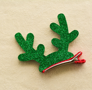 b4d110be0fe44 chinese supplier baby hair clips glitter christmas hair accessories for  girls hair clips