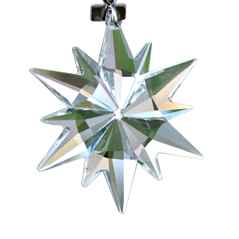 New snowflake shapes Christmas decorations Christmas gifts car pendants