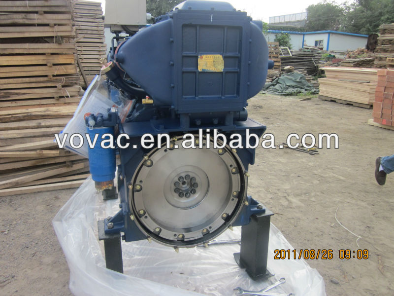 Marine diesel engine with gear box