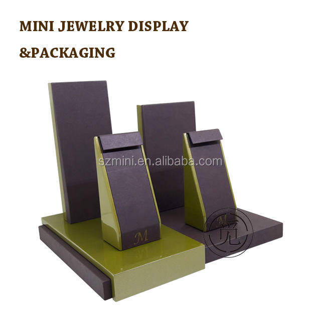 European style leather with wooden necklace bust mini jewelry display showcase jewelry display sets
