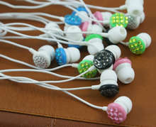 colorful cheapest OEM design wired alibaba earphone for iphone 6 andriod