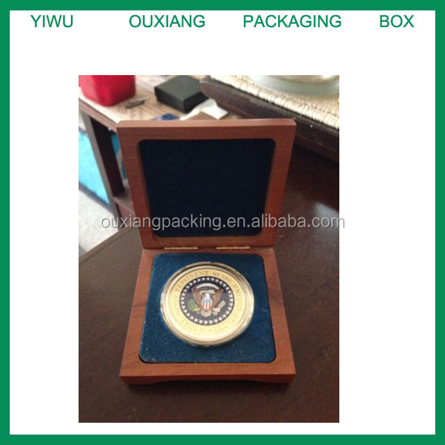 PRESIDENTIAL SEAL HMX-1 CHALLENGE COIN IN CHERRY WOOD BOX