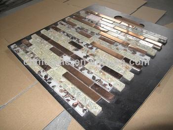 Abbastanza per la vendita farfalla dipinta a mattonelle di mosaico