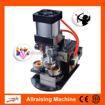 badge makers machine