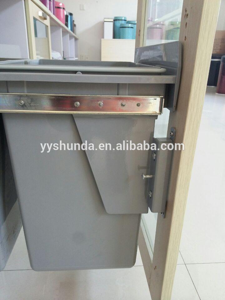 Tiroir bin d chets de cuisine armoires et accessoires for Accessoire poubelle cuisine
