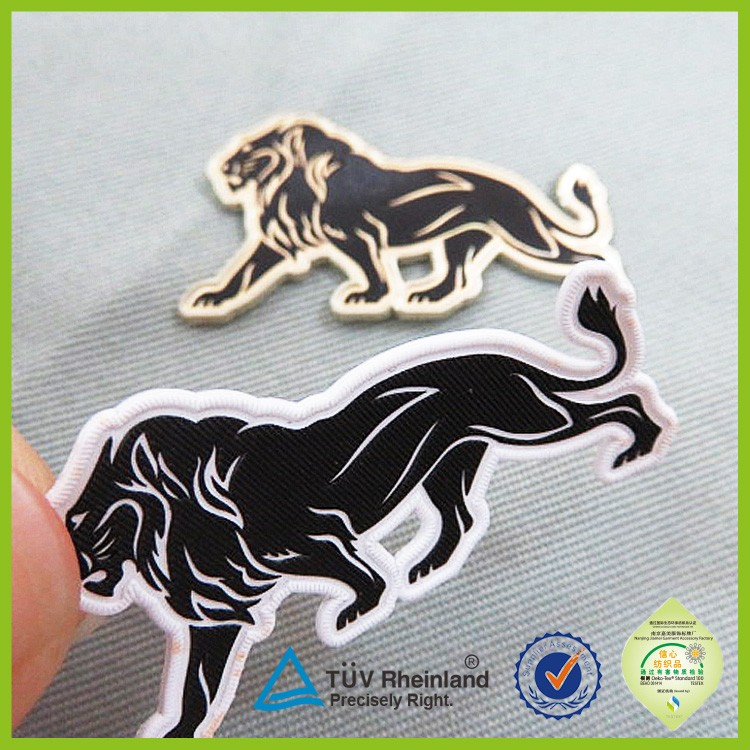 Custom t-shirt heat transfer printing label iron sticker for clothes