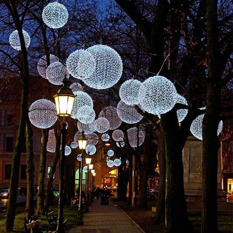 High Quality Outside LED String Lights Lighted Christmas Balls - Custom Made Led Christmas Street Light Up Ball Ornaments Light - Buy