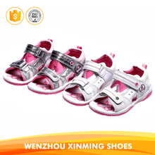 Hot selling pu injection sandals slipper cute walking sandals for girls