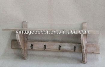 Ripiani In Legno Grezzo : Aspetto antico anziani molto in difficoltà mensola a muro in legno
