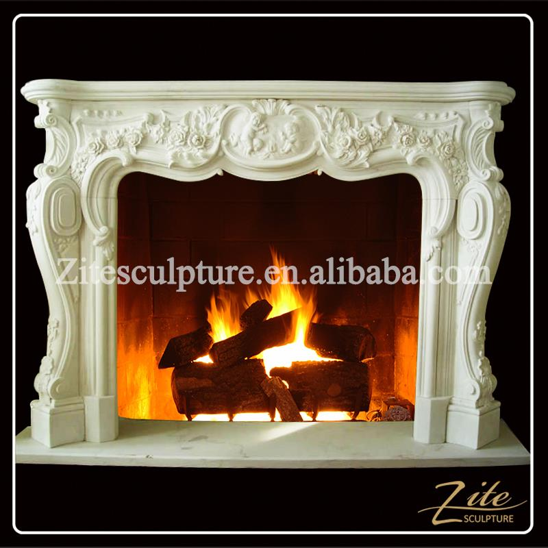 Electric fireplace free vent