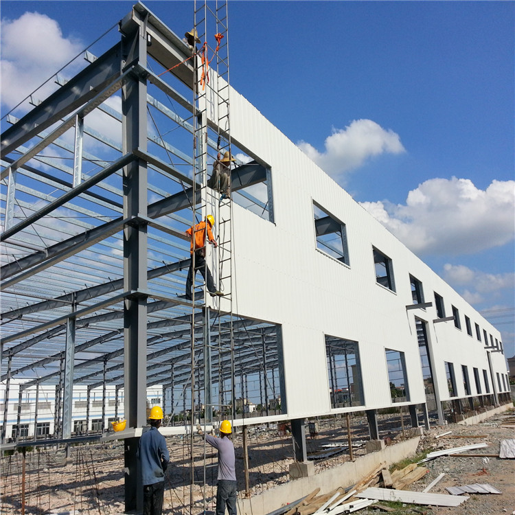 Real Estate Sandwich Panel Wall Cladding Industrial Steel Structure Workshop