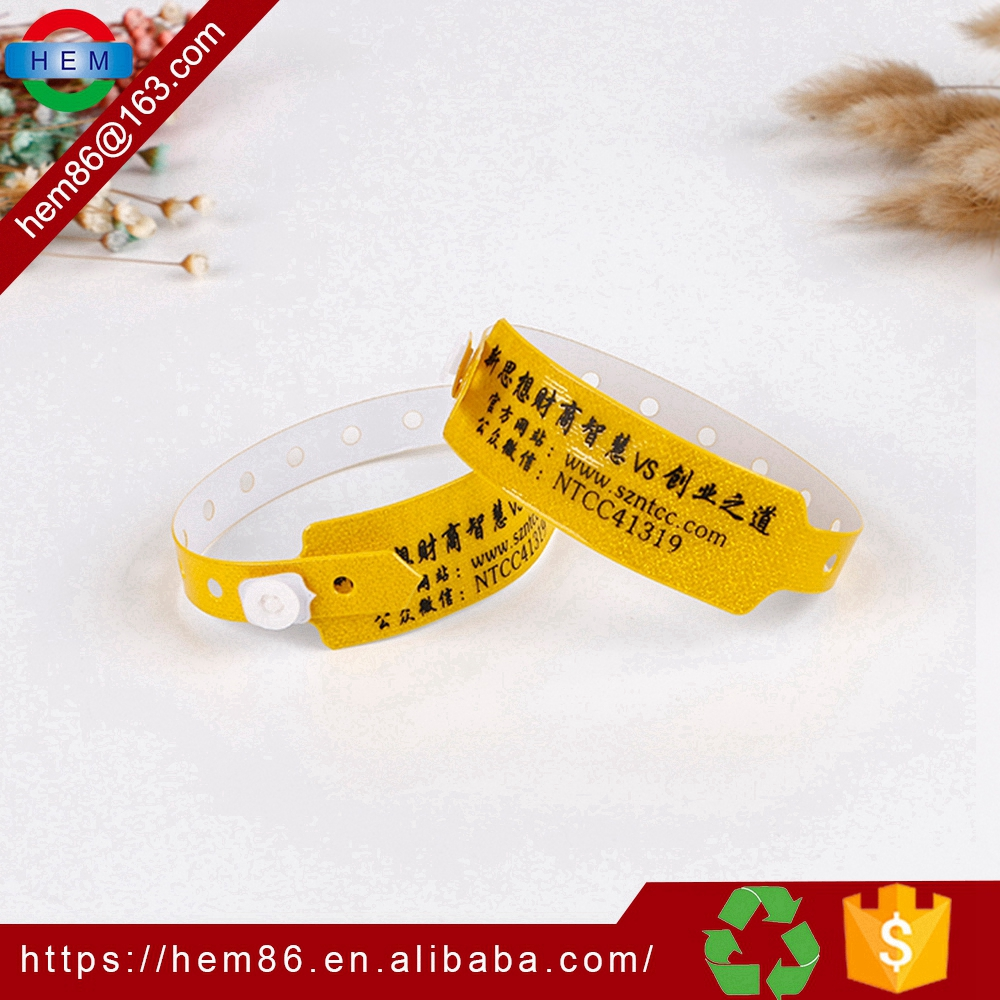 Promotion Gift Printed Entertainment event wristband Customized PVC Plastic Wristbands Vinyl Wrist band