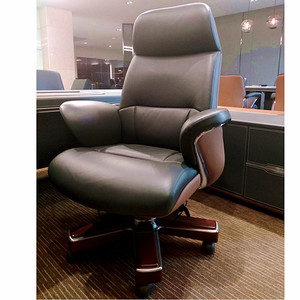 GuangDong Foshan swivel director chair CEO office chair revolving YS1605A Luxury big boss executive office chair furniture