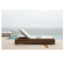 2018 New arrival classic foldable rattan sun lounger