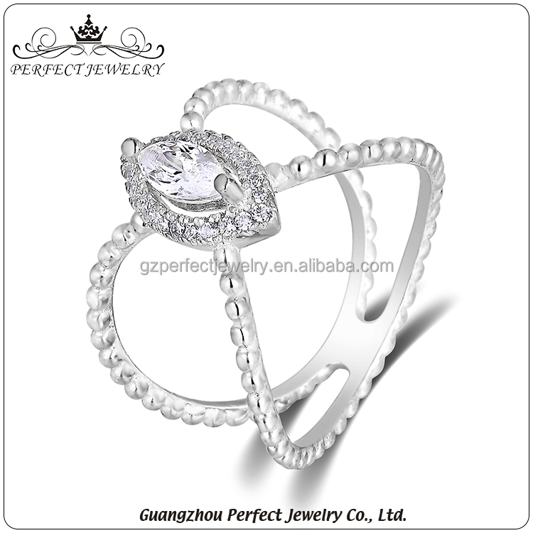 2017 Hot selling fashion women accessories AAA zirconia latest silver ring design for party