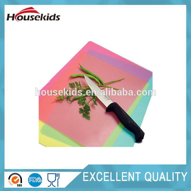 Plastic kitchen cutting board with scale high quality HS-CB006