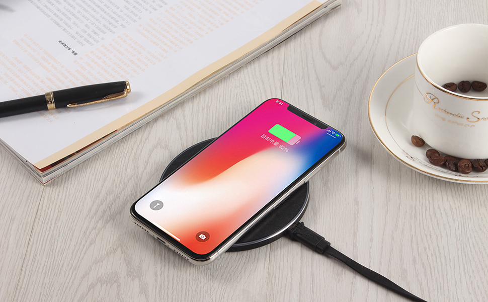 Fashion Design Metal And ABS Qi Wireless Charger 7.5W/10W Fast Universal Wireless Charger