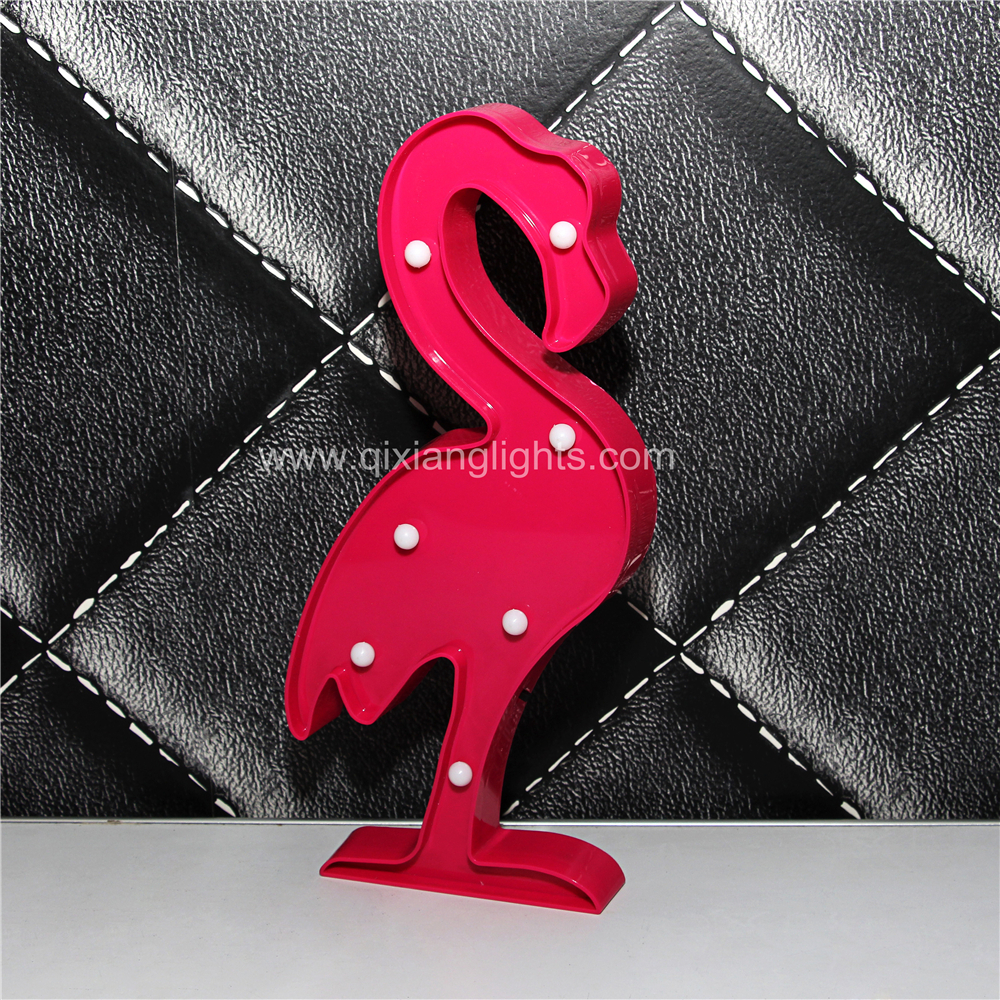 CE certificate Rohs standard hot sale battery operated led flamingo shaped lights