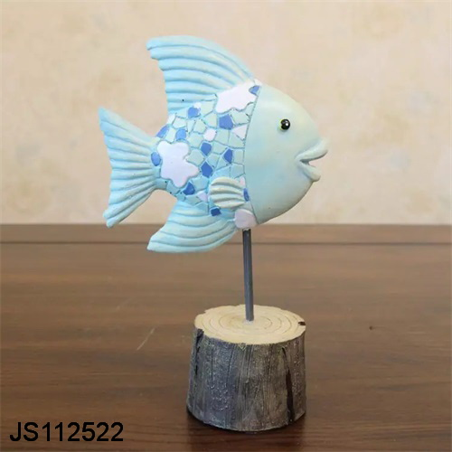 Desk decoration polyresin fish figrines wooden statues wooden base