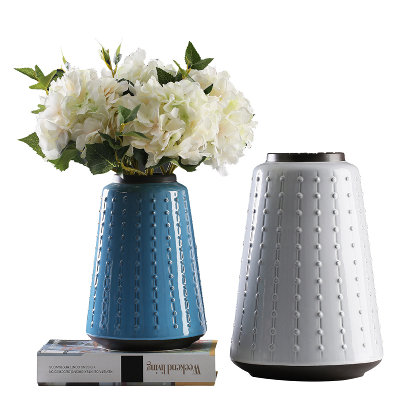 2017 new fashion trend ceramic vase with knob design for home decor