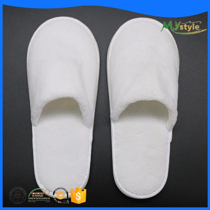 Wholesale Manufacture Closed Toe custom logo Coral Fleece Hotel Slippers