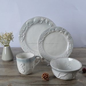 M07028 Porcelain / Ceramic / Terracotta embossed dinner set / embossment reactive glaze dinnerware