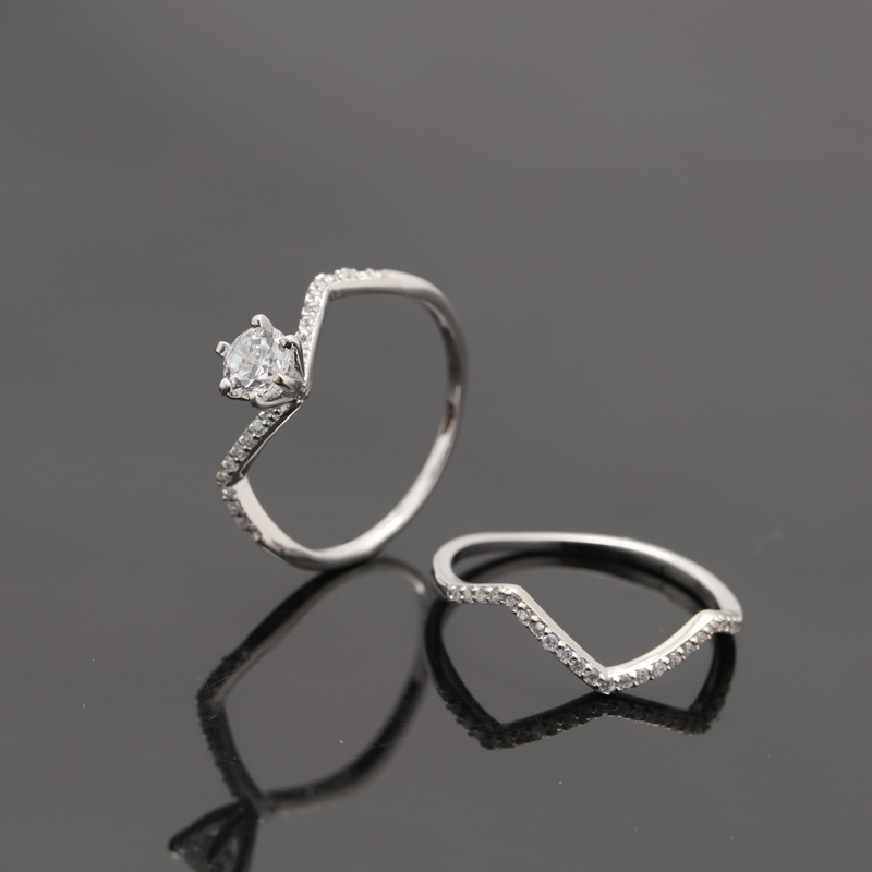 Crooked shape 925 sterling silver double ring with rhodium plating
