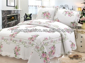 Hot sale White Emboridery Rose Cotton Printed Queen Quilt Set bedspread