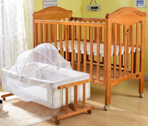 Classic royal baby wood bed/multifunctional baby basket bed/baby swing cradle bed crib