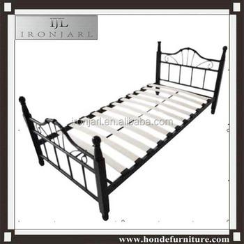 Eenpersoonsbed Met Metalen Frame.Metalen Frame Eenpersoonsbed Met Houten Lattenbodem Bed Buy Vouwen