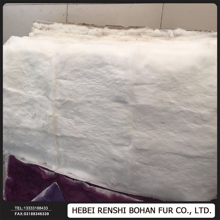 Wholesale Price 100% Real Dye Fur Plate/Raw <strong>Rabbit</strong> Fur Skin