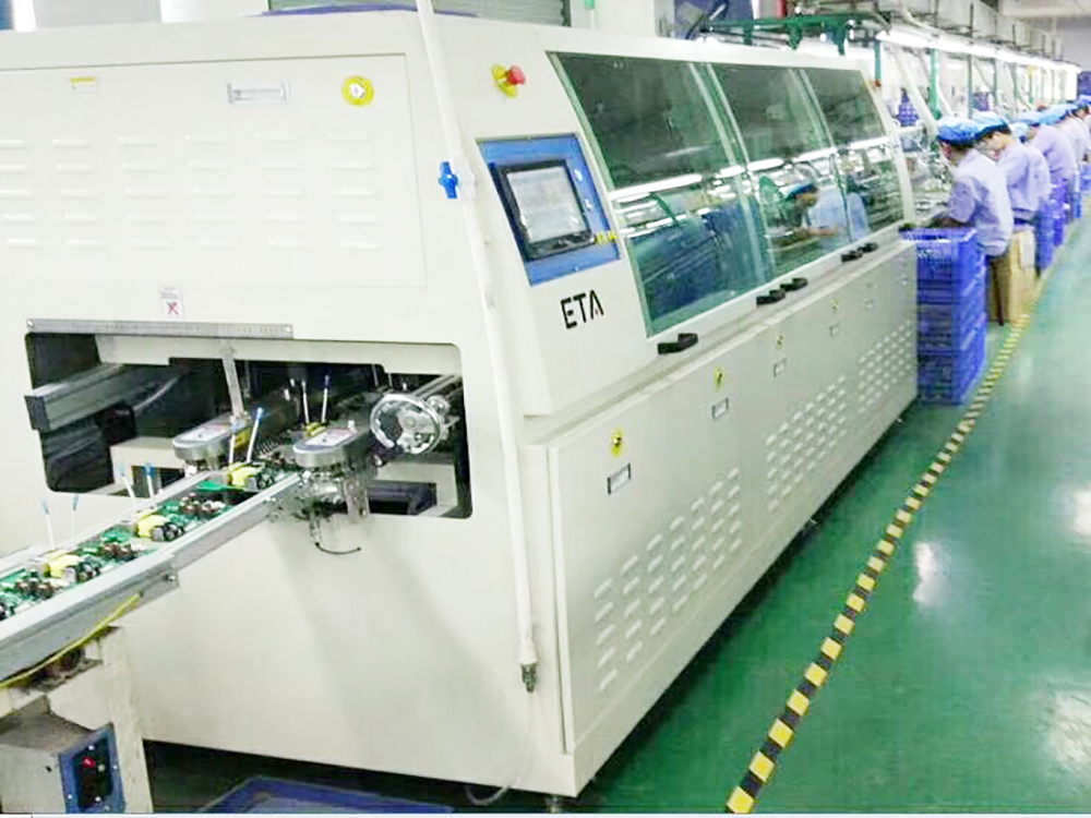 High Efficiency S24 JUKI Through Hole Pin Auto Axial Insertion Machine JM20,DIP Terminal Lead Odd Forming Inserter Machine