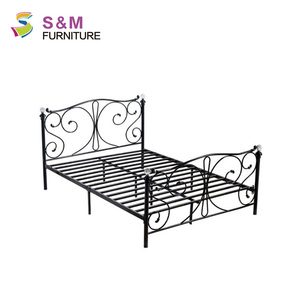 Nordic style diamond handle green wrought iron double bed