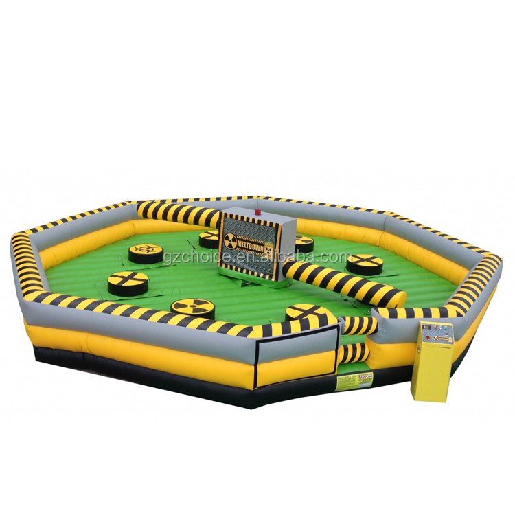 Hot Selling Factory Price Giant Mechanical Inflatable Wipeout Meltdown Game Wipeout Inflatable