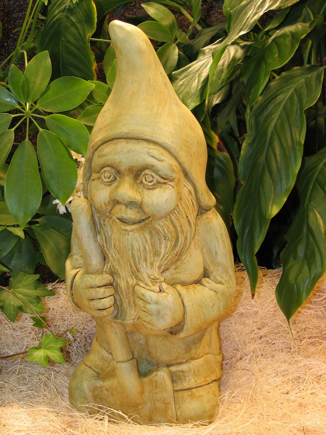 "GNOME GARDENING 16"" CEMENT STATUE Sculpture GREEN-BROWN STAIN CONCRETE Natural Color OUTDOOR GARDEN"