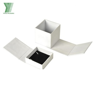 Custom Service Print Your Logo Jewelry/Jewellry Box Packaging Paper White Paper Cardboard Boxes