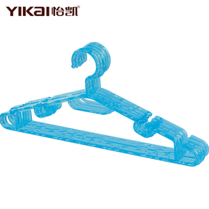 Cheap Yikai Hot Sale High quality colored plastic cloth hanger for clothes