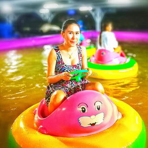 Commercial water toy children's motorized inflatable bumper boats for pool, aqua floating fiberglass 12v electric boats for kids