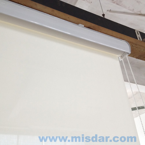 Roller shade with valance, roller blind with cassette, fascia roller blind