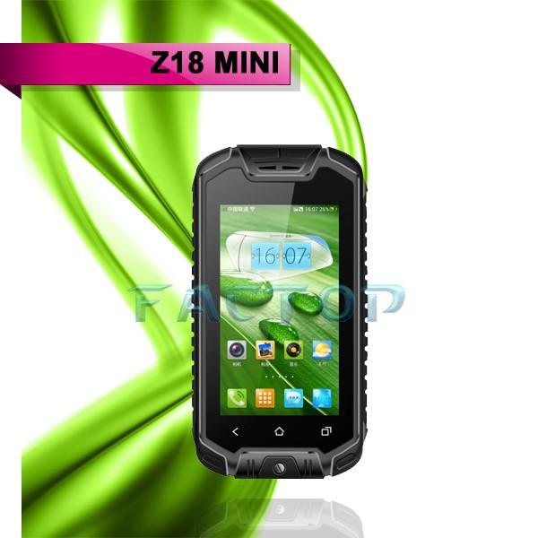 le plus petit t l phone mobile dans le monde z18 mini robuste portable id. Black Bedroom Furniture Sets. Home Design Ideas