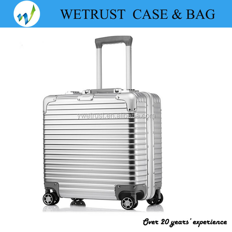 16'' 18'' Silver PC Pilot case with good wheels and trolly for travelling business or tourist