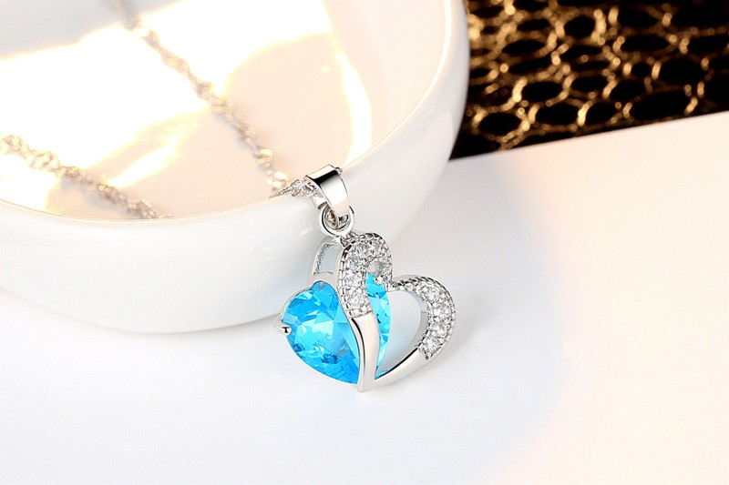Fashion jewelry necklace For Women CZ Diamond Heart Necklace With Chain Necklaces & Pendants