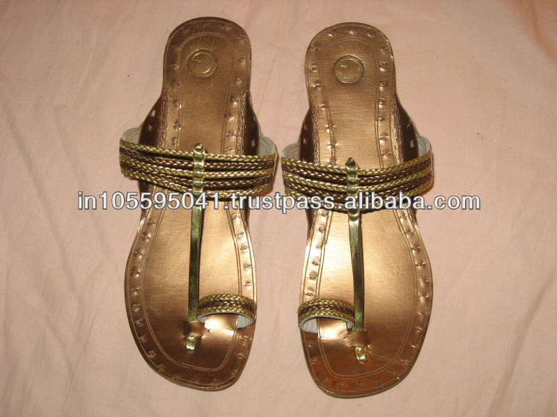 Leather Kolhapuri Chappals