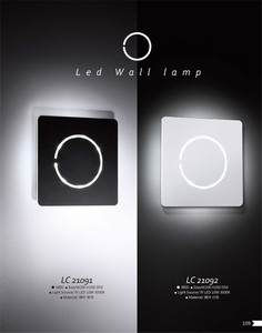Customized professional cloth shade camera wall sconce light with high quality