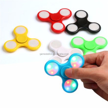 2017 hot sell toys hand spinner with high speed dark light LED fidget spinner