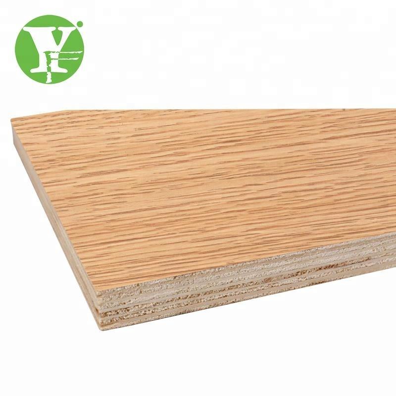 Kostenloser schwarzer Ebenholzschnitt